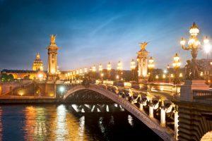Paris shutterstock_101370463